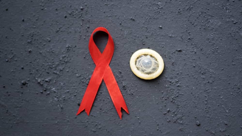 Se a sociedade brasileira conseguiu dar um exemplo humanitário inigualável no campo do combate a epidemia de aids, foi por meio de inovações técnicas e de seriedade administrativa.