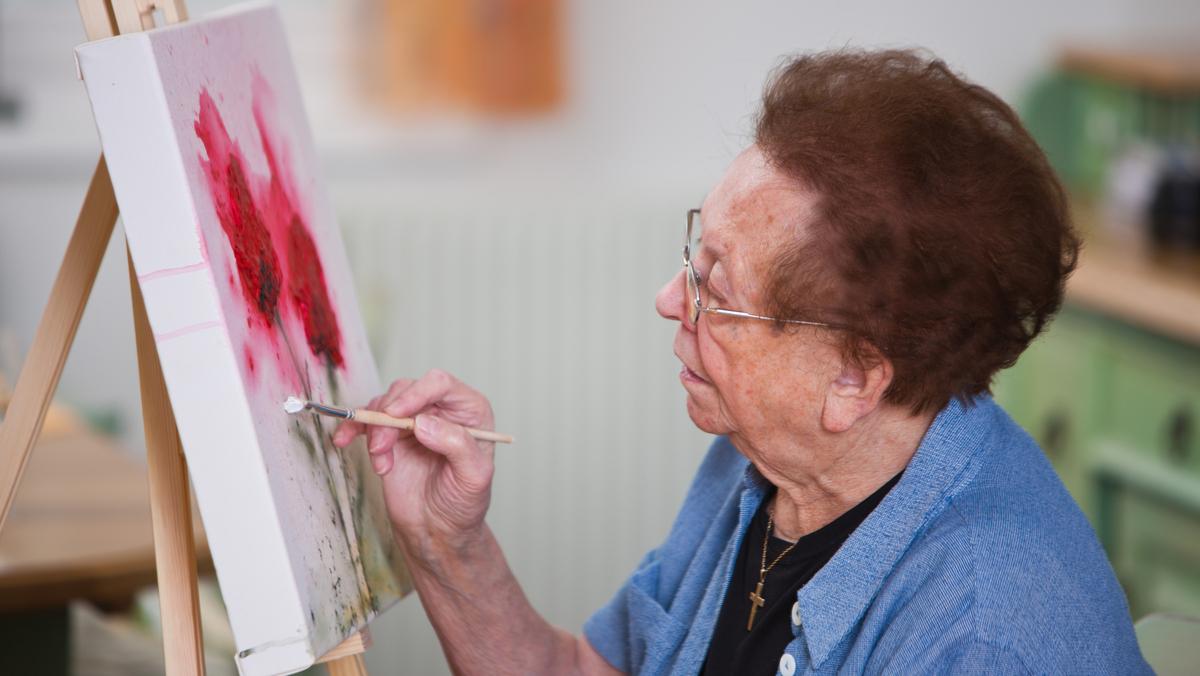 Até pouco tempo, velhice era sinônimo de doença. Mas esses conceitos estão ultrapassados. Conheça algumas atitudes para um envelhecimento saudável.