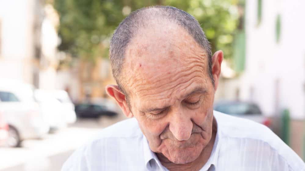 homem idoso. Aumento benigno da próstata atinge homens acima de 50 anos