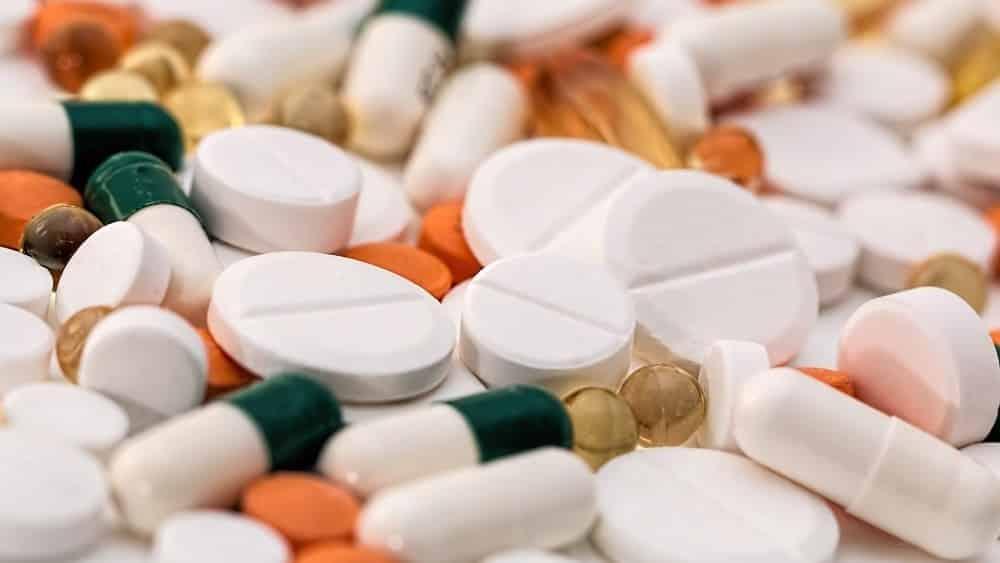 Comprimidos. Ácido acetilsalicídico ajuda em caso de infarto