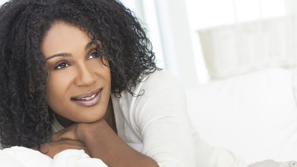 A menopausa, contudo, não deve ser encarada como o fim da vida, mas como um período longo e importante dela, em que ainda há muito a se fazer. Leia mais sobre vida na menopausa.