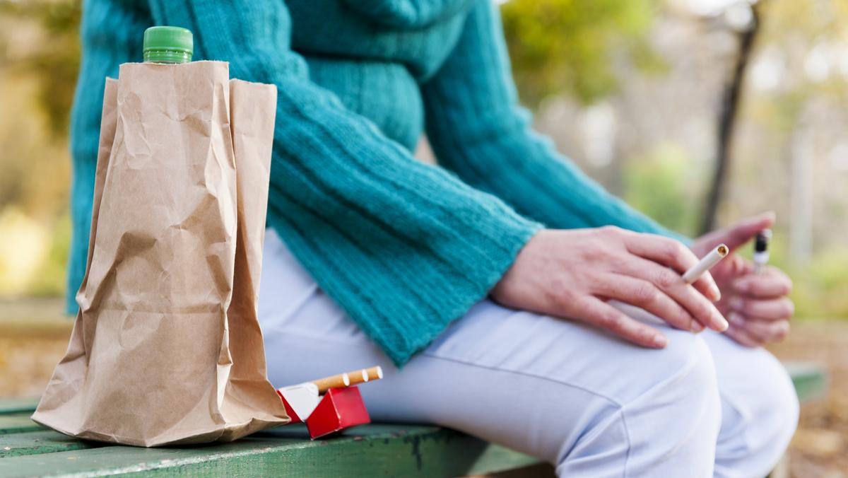Marcou o dia para parar de fumar? Fique firme! Algumas dicas simples podem ajudá-lo a superar crises de abstinência de nicotina nos momentos difíceis.