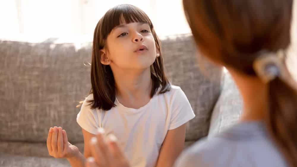 No passado, a gagueira era entendida como um fenômeno de natureza psicológica que não tinha tratamento. Porém, ao contrário do que se acreditava, a condição tem cura e quanto mais precoce o tratamento, melhores serão os resultados. Veja entrevista sobre gagueira.