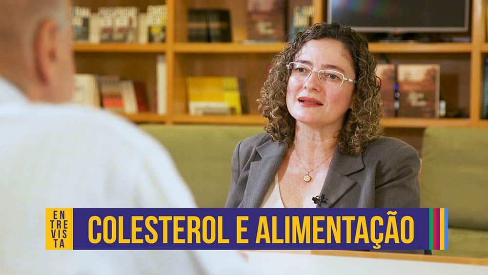 """Nutricionista Nágila Damasceno e o texto """"colesterol e alimentação""""."""
