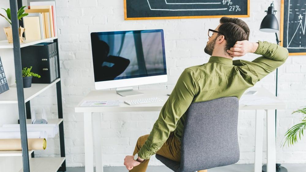 Neurologista explica que informações em excesso podem levar ao esquecimento por falta de atenção.